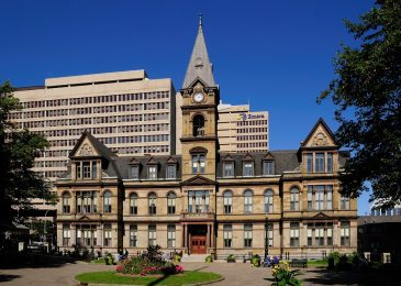 Halifax_-_NS_-_Rathaus_Halifax r