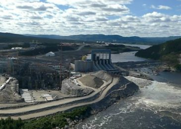 Press Conference and information picket against Muskrat Falls and other mega–hydro, St. John, NB