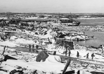 Tony Seed on the Halifax Explosion: No harbour for war!