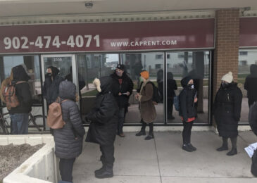 Tenants of Harbour View Towers complain about lack of heat